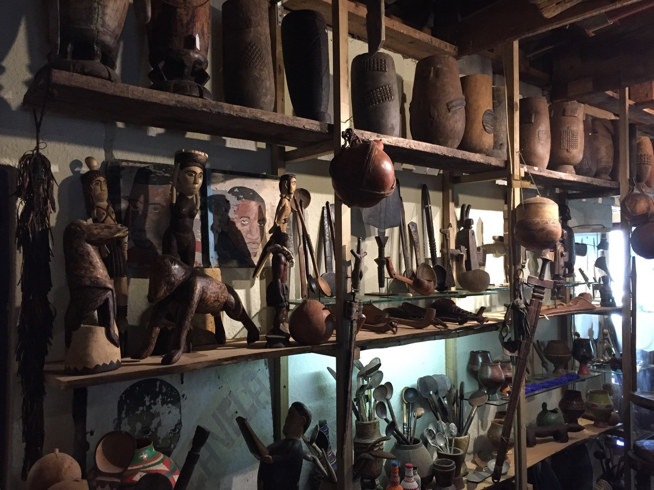 african-artefacts-gallery-cape-town (1)